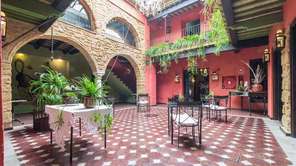 La Casona de Calderón Gastronomic & Boutique Hotel - EDIT_patio1.jpg