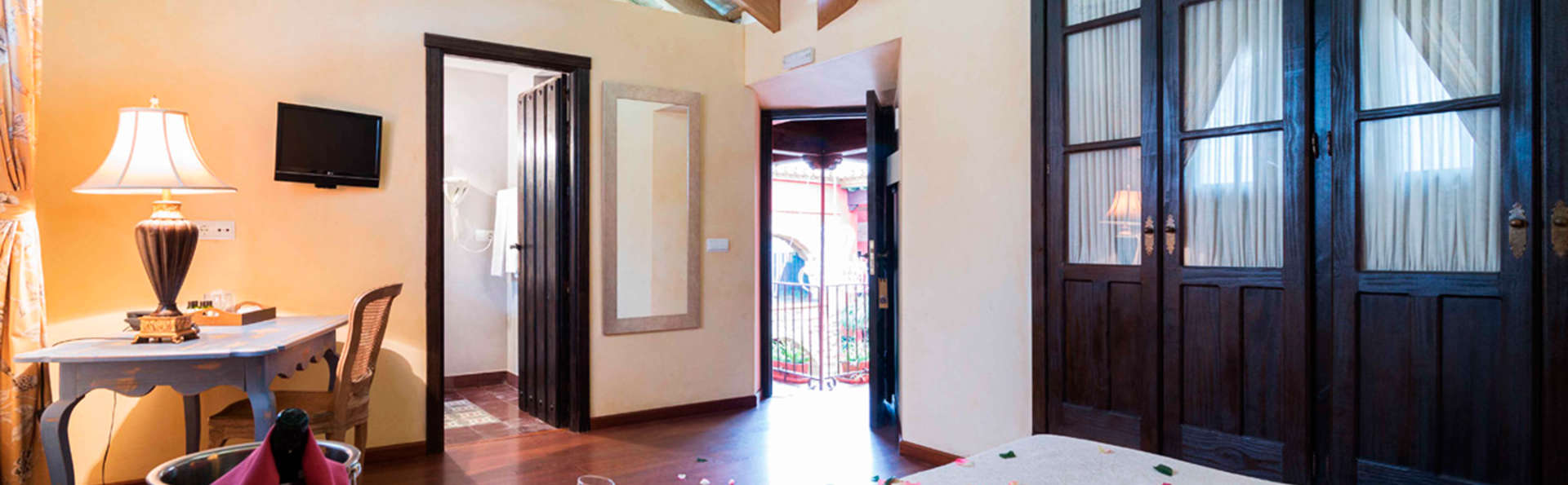 Escapada Romántica en el centro histórico de Osuna