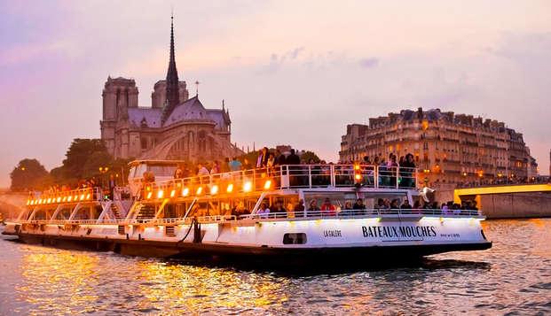 Découverte de Paris au fil de l'eau et confort 4* aux portes de Paris