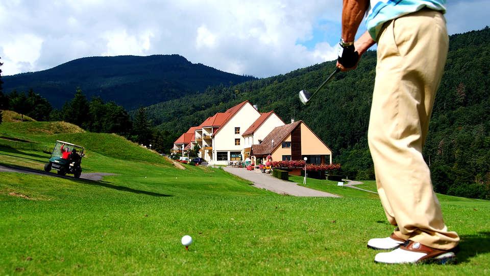 Résidence Domaine du Golf - Edit_Front.jpg