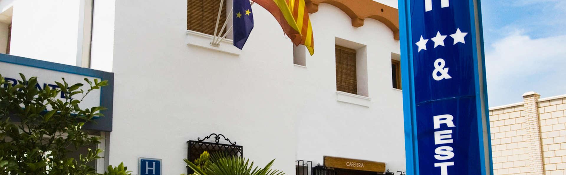Hotel Rosaleda Doncel - EDIT_front.jpg