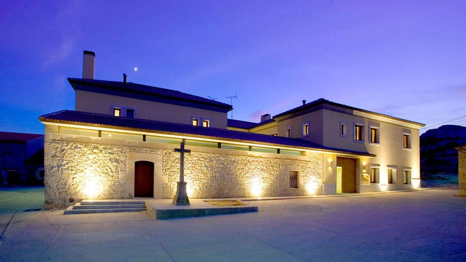 Lavida Vino-Spa Hotel - Edit_Front2.jpg