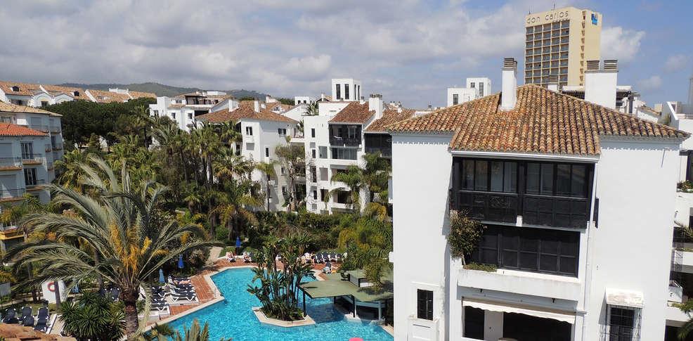 Apartamentos jardines las golondrinas marbella espagne for Jardines las golondrinas marbella