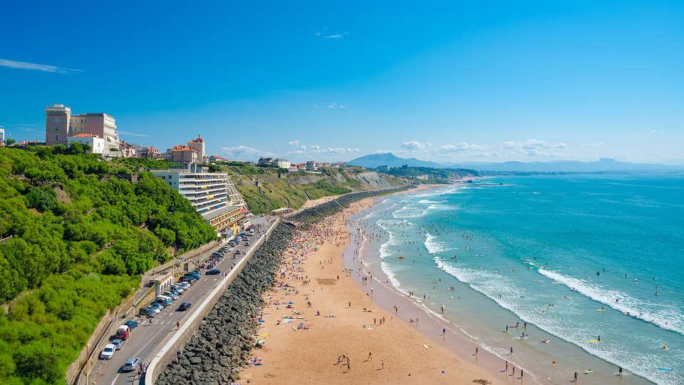 Escale Oceania Biarritz - Edit_Biarritz.jpg