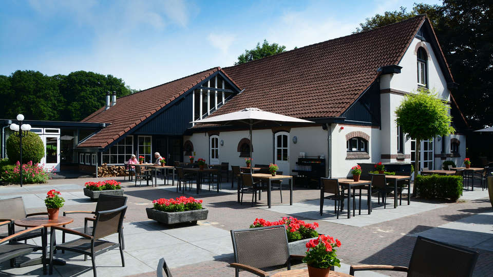 Sandton Hotel De Roskam - EDIT_NEW_terrace.jpg