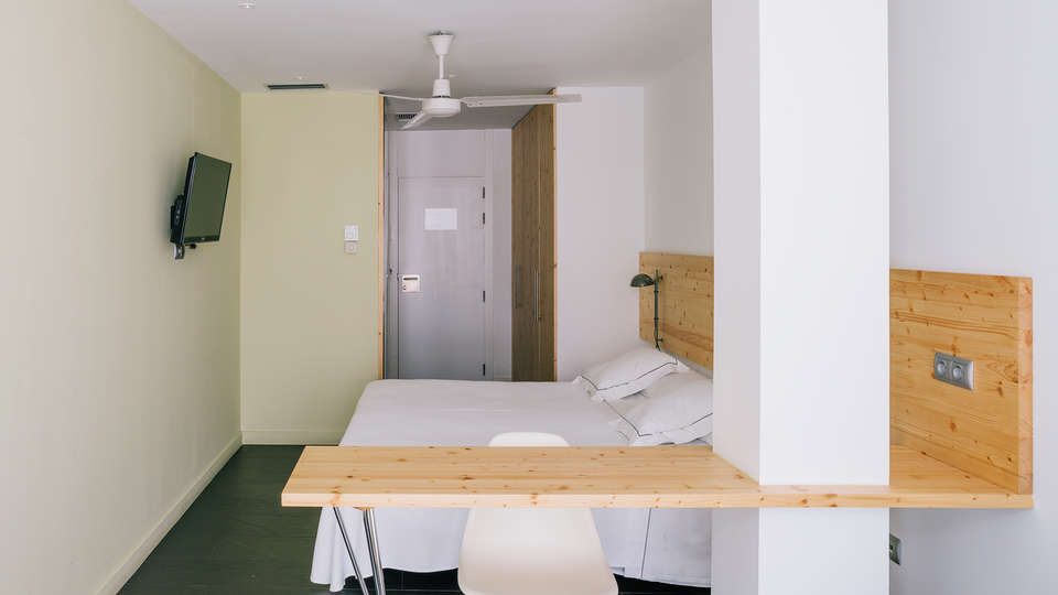 Hotel Tierra de Biescas - EDIT_NEW_room.jpg