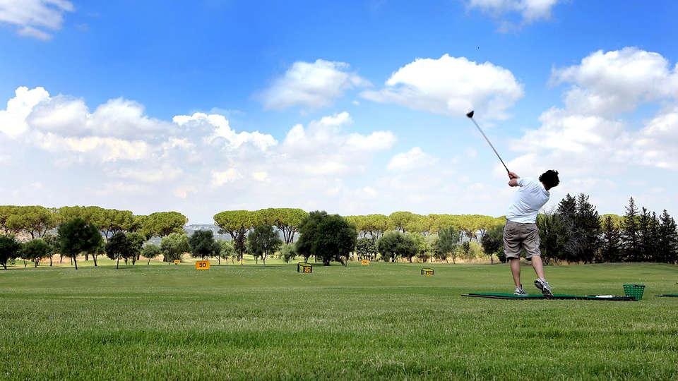 I Monasteri Golf Resort - Edit_Golf2.jpg