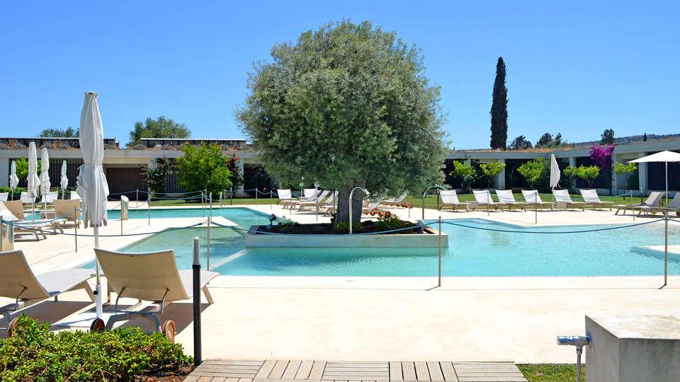 I Monasteri Golf Resort - Edit_Pool2.jpg
