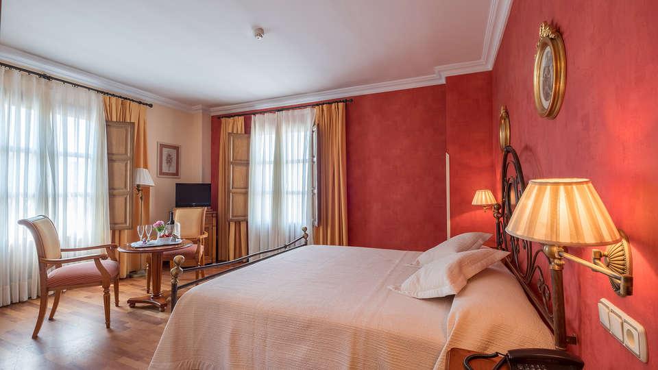Hotel Condesa de Chinchón - EDIT_room.jpg