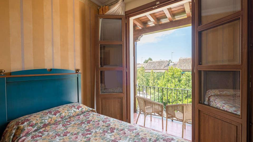 Hotel Condesa de Chinchón - EDIT_room3.jpg