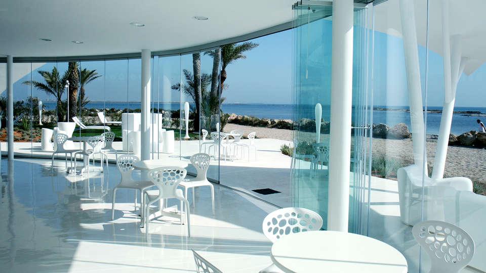 Apartamentos Turísticos Roda Golf & Beach Resort - edit_beachclub1.jpg