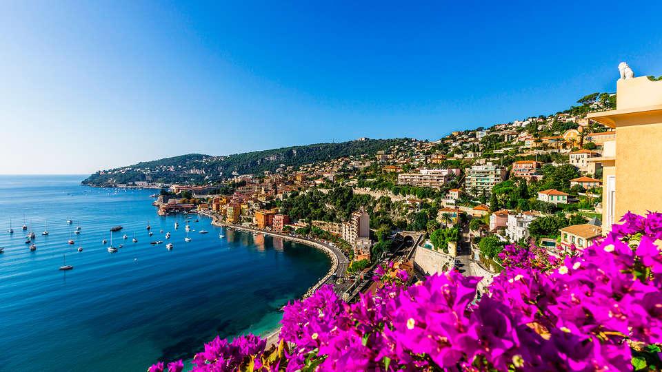 Hôtel Barrière Le Majestic Cannes - EDIT_destination.jpg