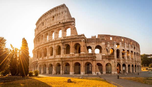 Roma in bus turistico: comodo accesso al centro via metro e biglietti Hop On - Hop Off