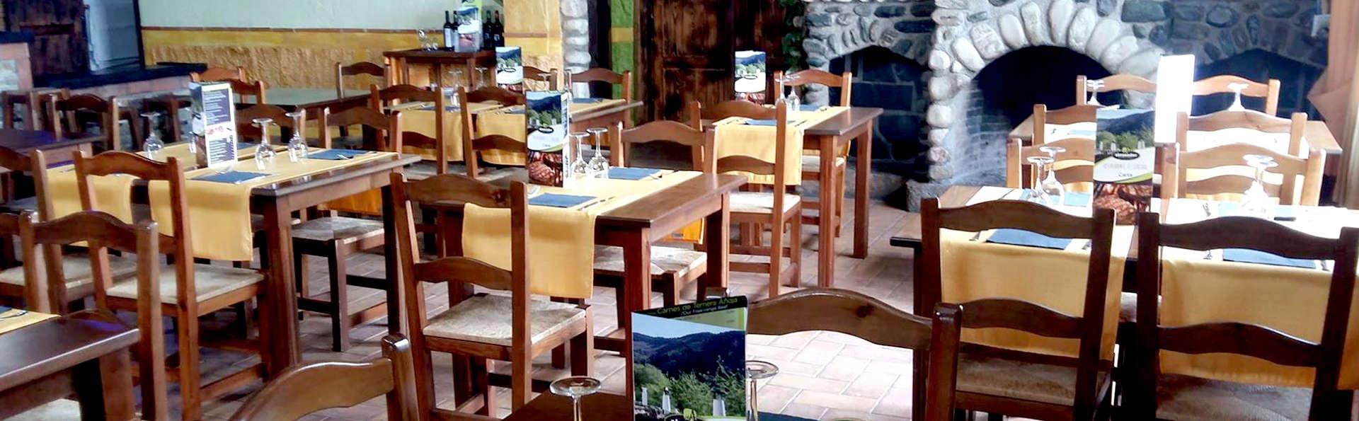 Rural&Spa: Noche romántica con cena en un lugar de ensueño en Bérchules (desde 2 noches)
