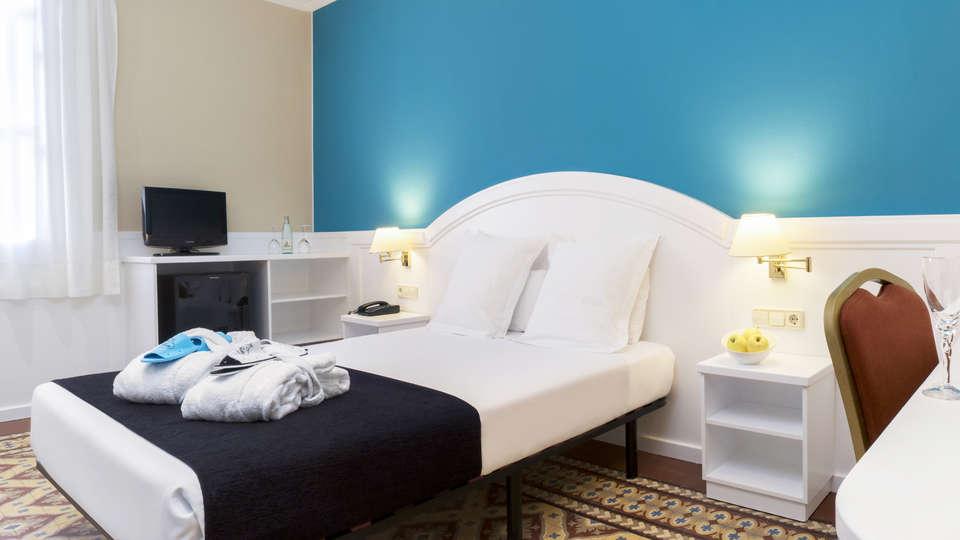 Hotel Balneari Vichy Catalan - EDIT_NEW_suitedor3.jpg