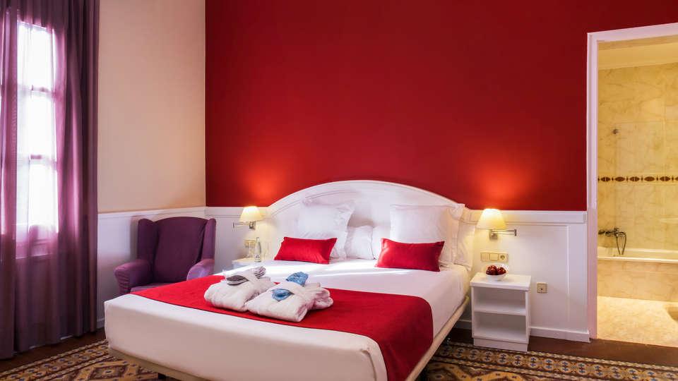 Hotel Balneari Vichy Catalan - EDIT_NEW_room3.jpg