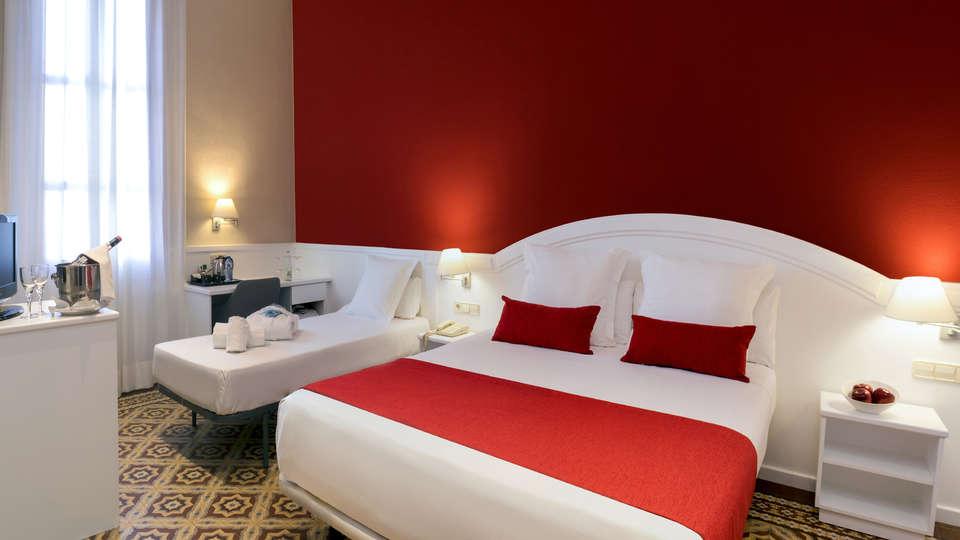 Hotel Balneari Vichy Catalan - EDIT_NEW_room9.jpg