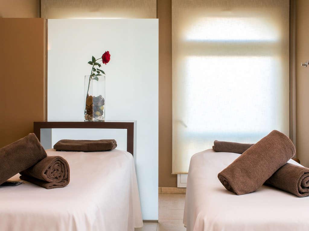 Séjour Caldes de Malavella - Escapade Total Relax Premium : avec massage, circuit thermal et un dîner inoubliable !  - 3*