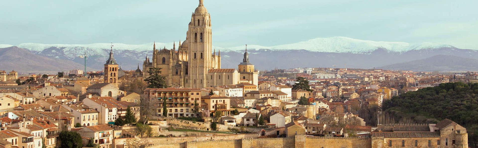 Escapada cultural en Segovia con entradas para el Palacio de la Granja