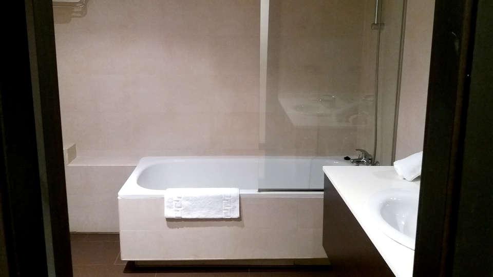 Hotel Rey Sancho - EDIT_NEW_BATHROOM2.jpg