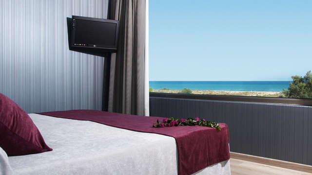 Escapada con habitación vistas al mar en Canet d'en Berenguer con desayuno incluido