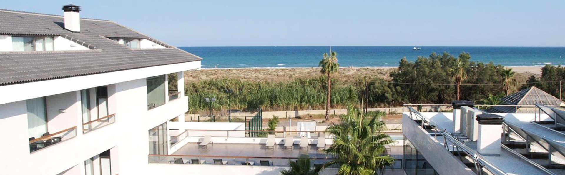 Hotel Els Arenals - EDIT_exterior.jpg