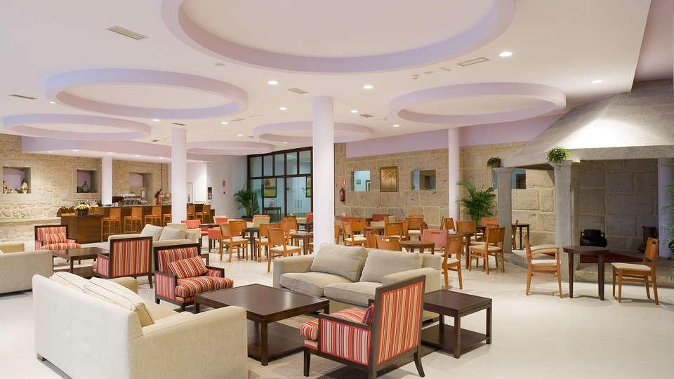 Termas de Cuntis - Hotel La Virgen - EDIT_NEW_cafeteria.jpg