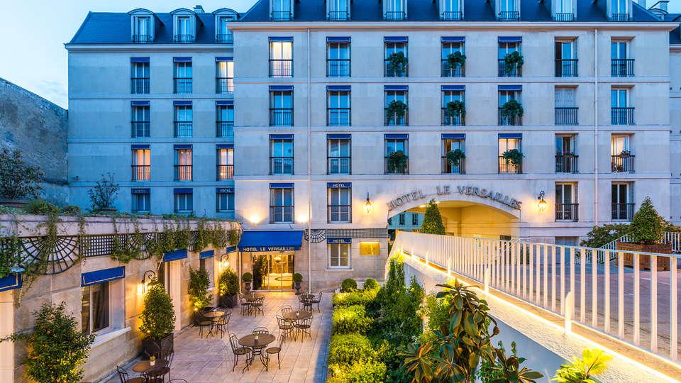 Hôtel le Versailles - EDIT_NEW_front1.jpg