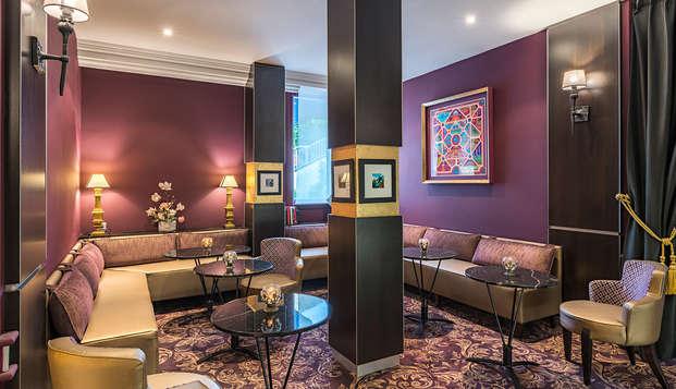 Hotel le Versailles - NEW salon