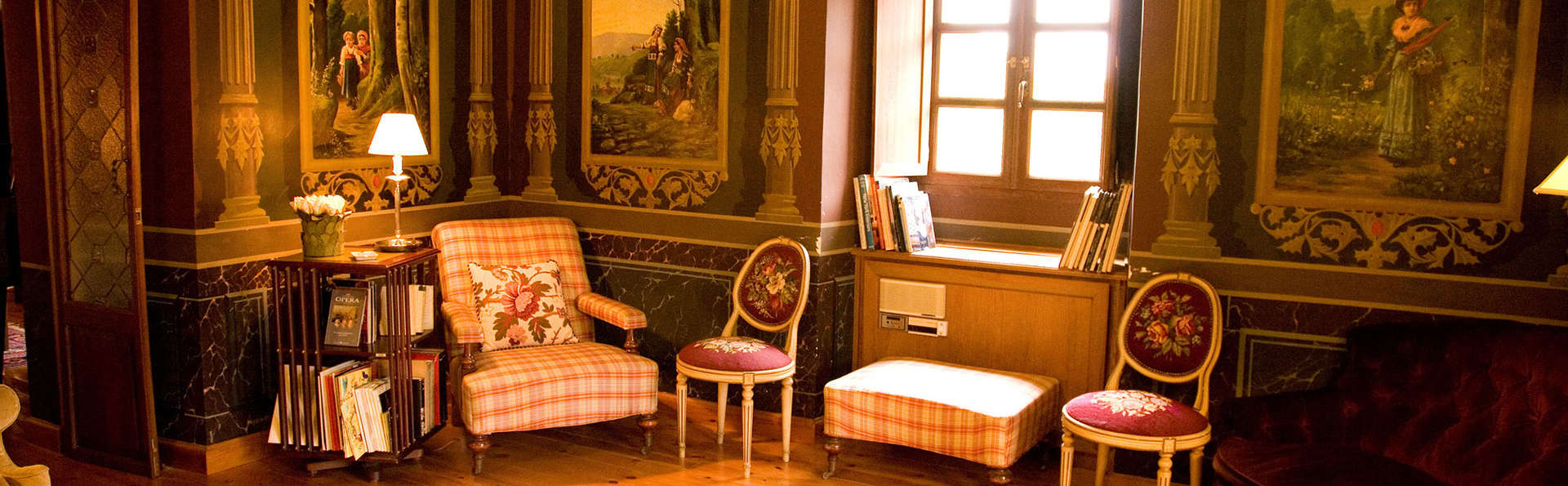 Hotel Palacio Torre de Ruesga - Edit_Lougne.jpg