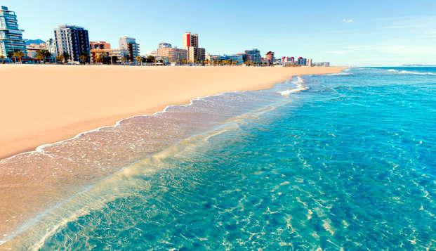 Escápate a este Hotel 3* en primera línea de playa, Miramar (Gandía)