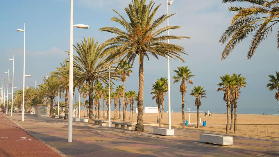 Hotel Miramar Playa - EDIT_destination2.jpg