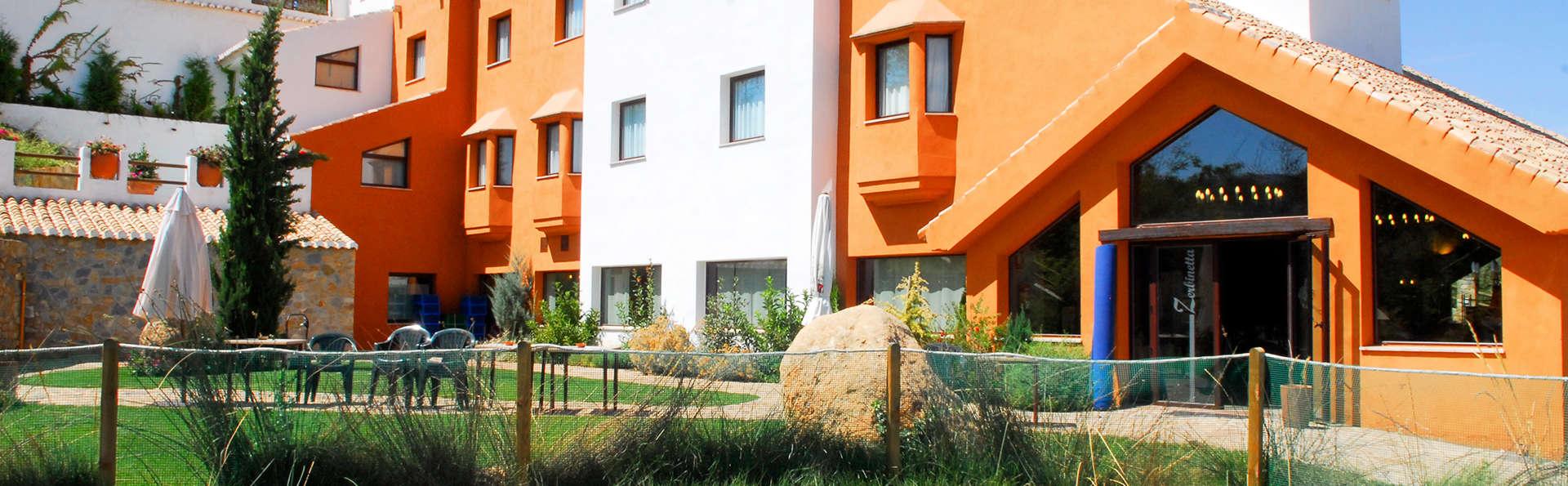 Hotel Zerbinetta - EDIT_1_FACHADA.jpg