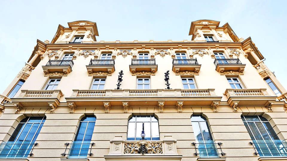 Urso Hotel & Spa - Edit_Front3.jpg
