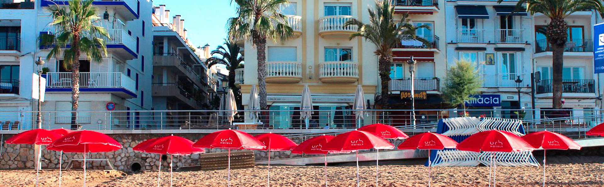 URH Sitges Playa - EDIT_beachfront.jpg