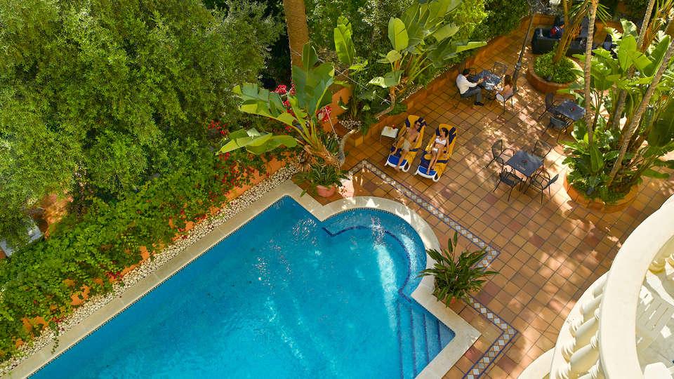 URH Sitges Playa - EDIT_pool2.jpg