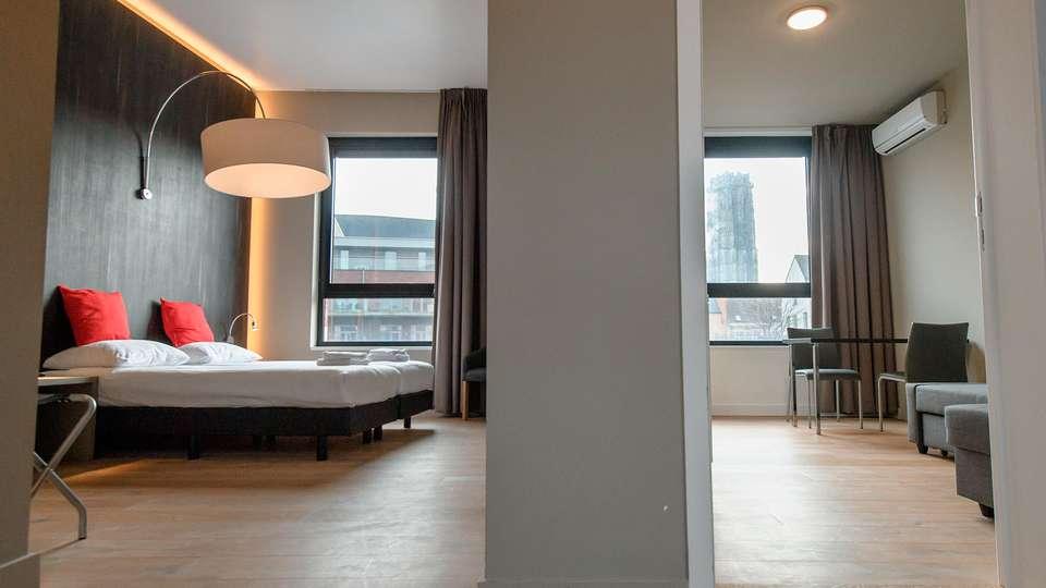 Hotel Elisabeth - EDIT_room.jpg