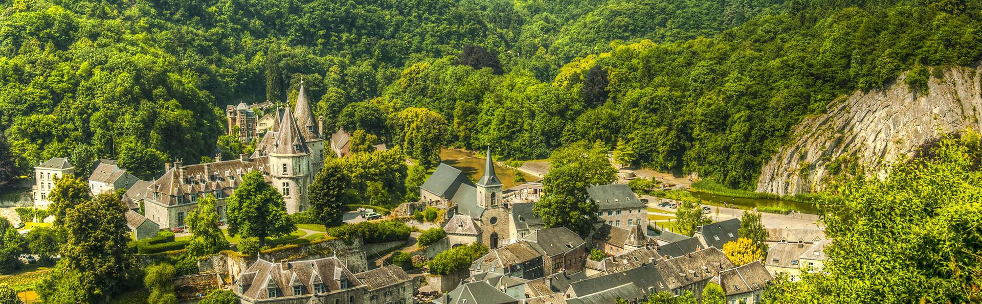 Découvrez la magnifique ville de Durbuy dans un établissement plein de charme