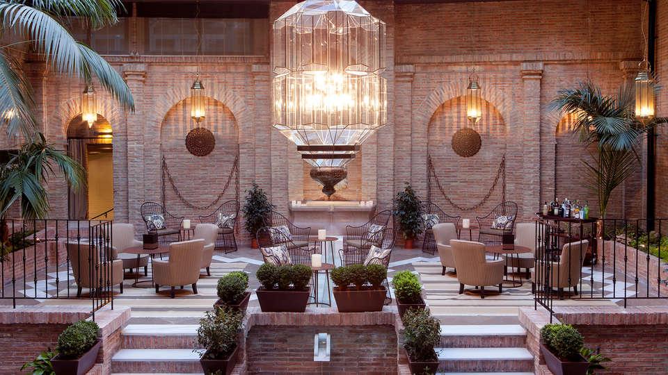 Vincci Albayzín - EDIT_patio4.jpg