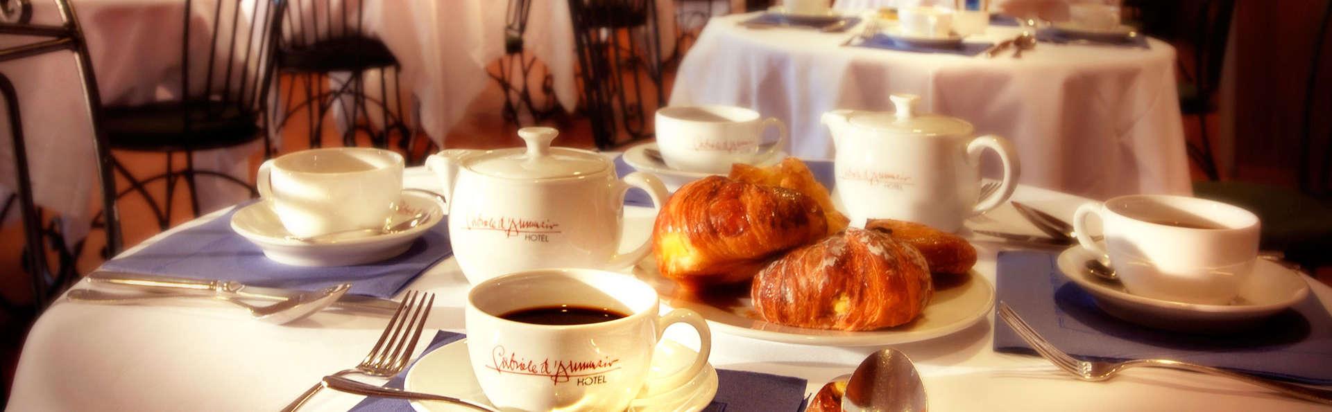 Hotel Villa Gabriele D'Annunzio - EDIT_breakfast.jpg