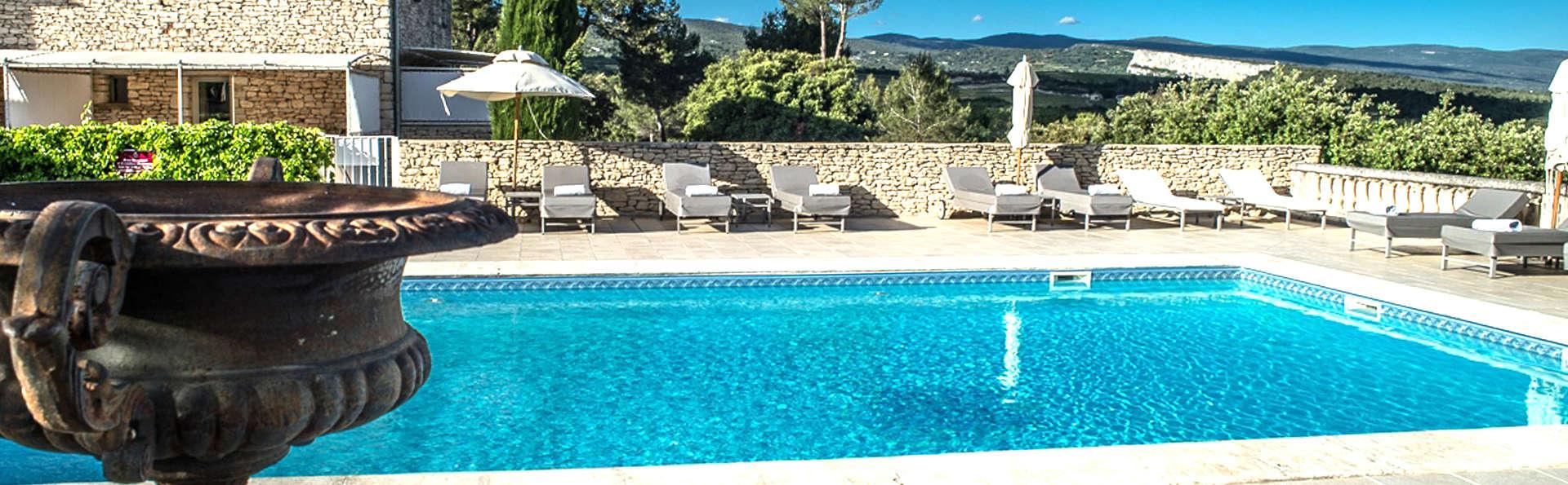 Le Phébus & Spa - EDIT_pool.jpg