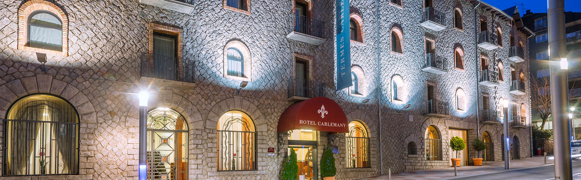 Hotel Spa Termes SERHS Carlemany - edit_fachada.jpg