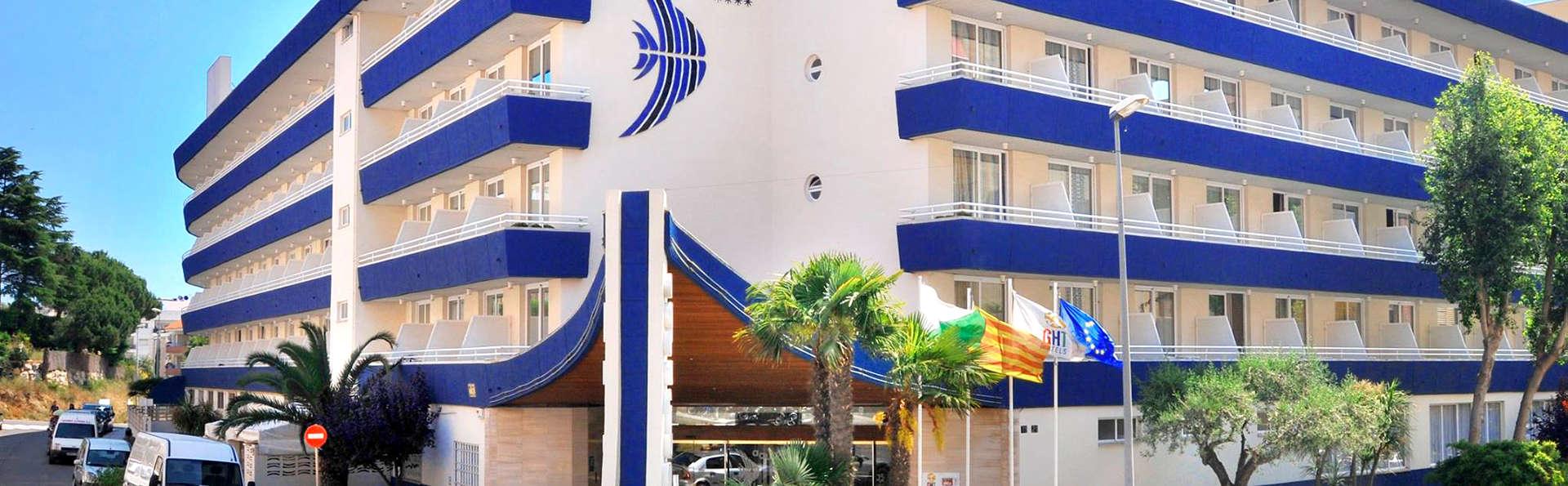 Hotel GHT Aquarium & Spa - Edit_Front.jpg
