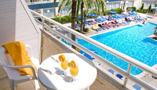 Séjour avec dîner et vue piscine sur la Costa Brava