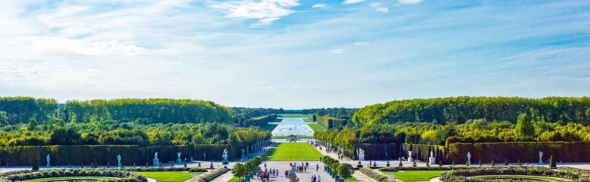 Découvrez Versailles et ses trésors: week-end avec entrée au Château (Pass 1 jour)