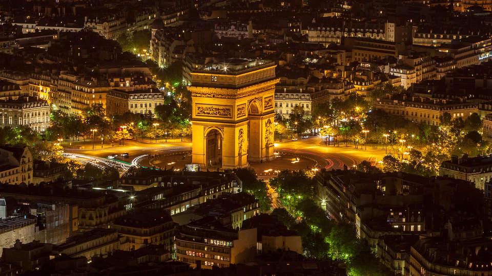Hôtel Balmoral Champs-Elysées - EDIT_Arc-de-triomphe_8.jpg