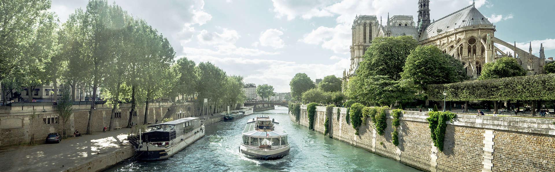 Week-end avec dîner-croisière au champagne à la Marina de Paris