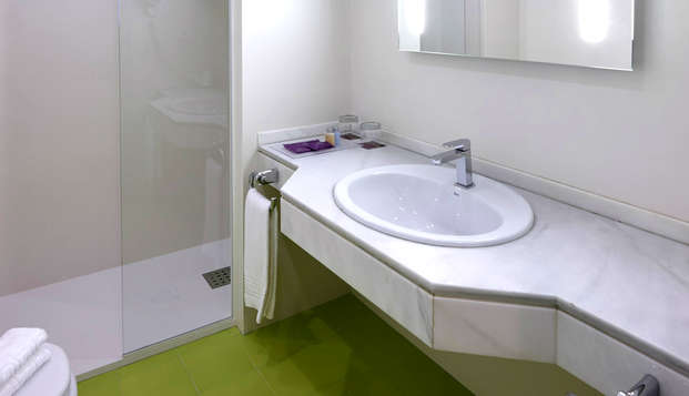 Granada Five Senses Rooms Suites - Bathroom