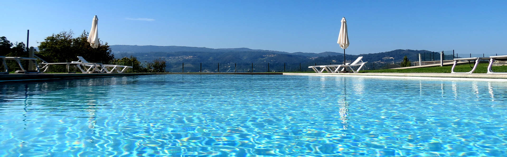 Tempus Hotel & Spa - Edit_Pool3.jpg