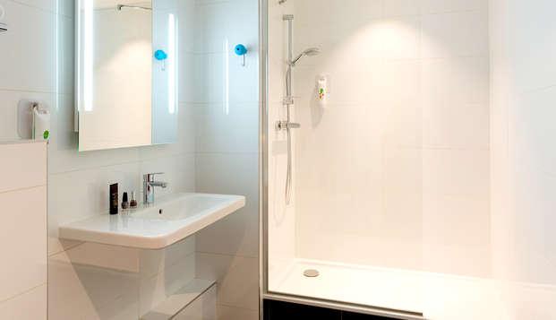 Ibis Styles Lyon Confluence - Bathroom